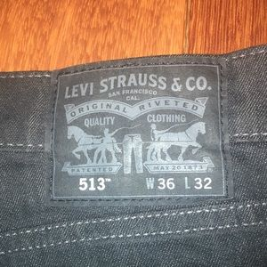 Levi's Stratus & Co Dark Jeans 513 Straight Leg ✅